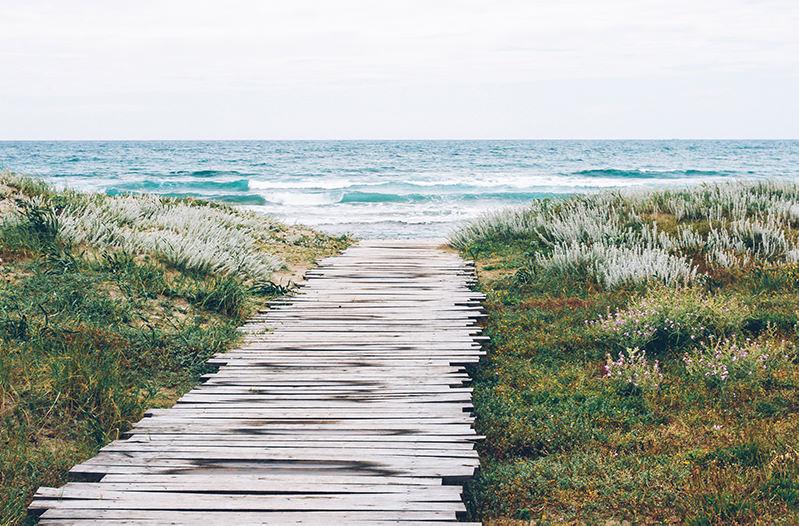 Названы лучшие уединённые пляжи Европы