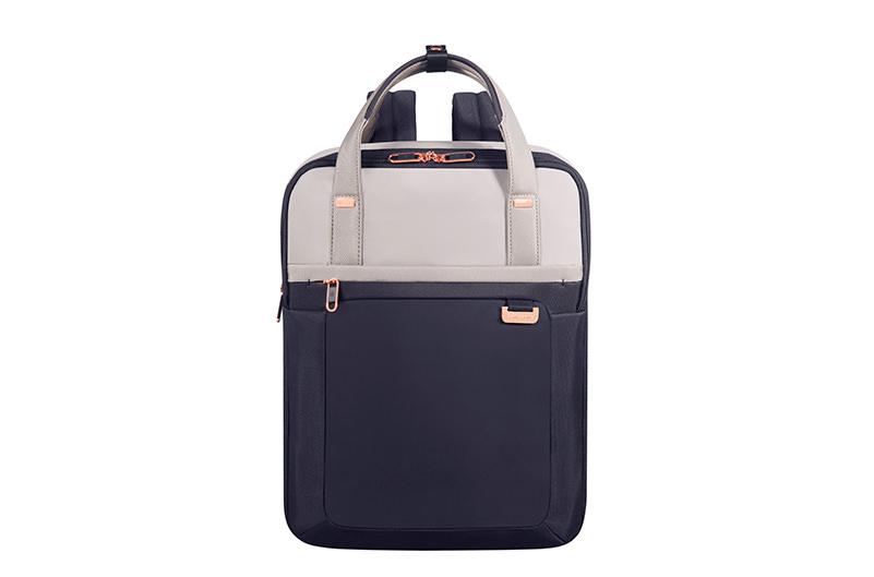 Создан чемодан, который можно не класть на багажную полку в самолете