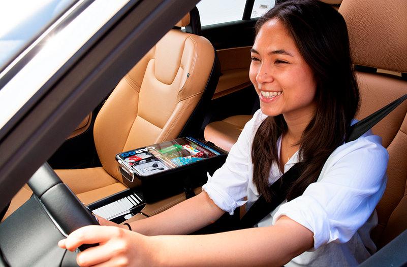 Uber будет продавать полезные мелочи пассажирам во время поездки