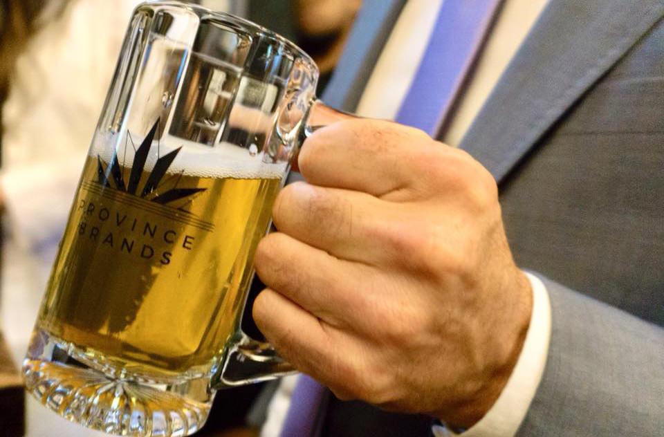 В Канаде придумали как варить пиво из канабиса
