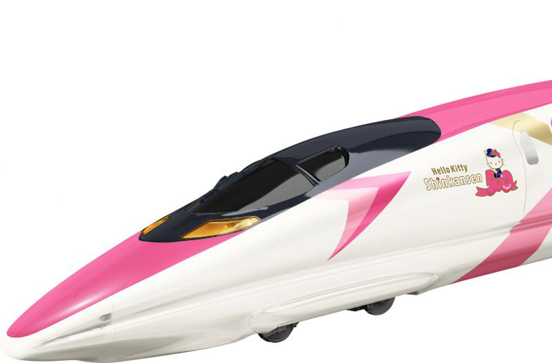 В Японии появился поезд, оформленный в стиле Hello Kitty