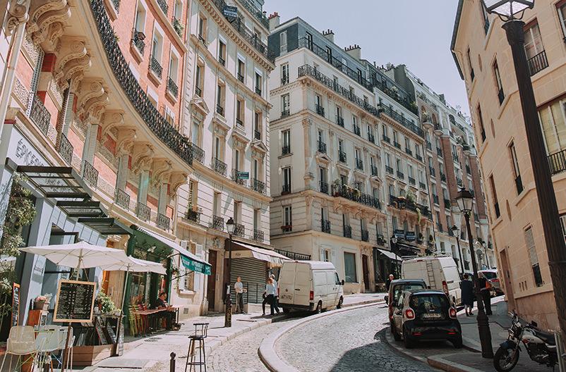 Дороги Парижа сделают более тихими и прохладными