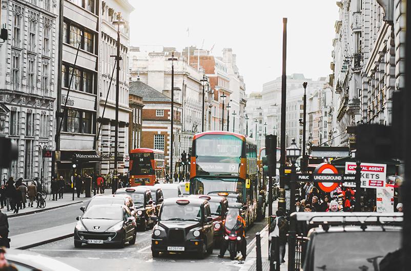 В центре Лондона запретят дизельные и бензиновые авто