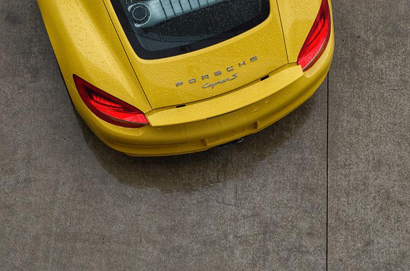 В Швейцарии запретили некоторые модели Porsche и Mercedes