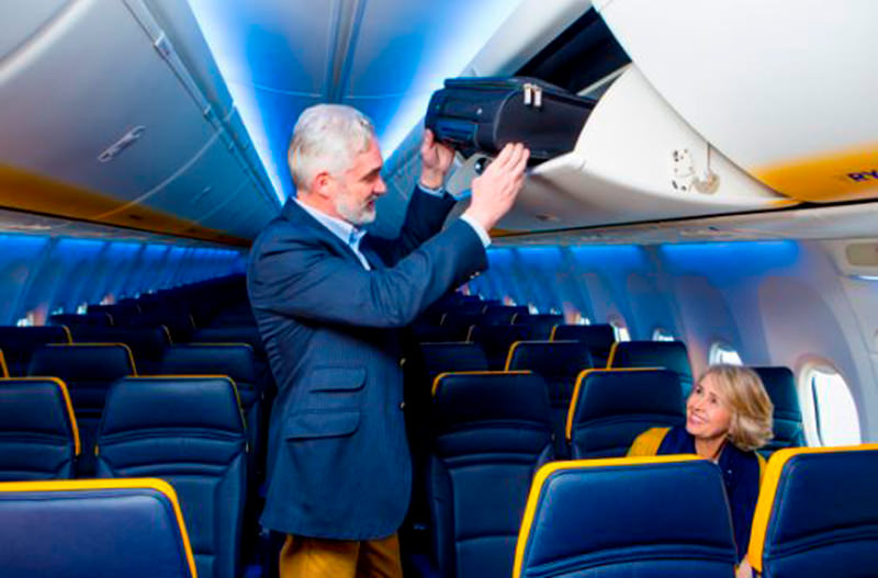 2 миллиона пассажиров Ryanair смогут провезти багаж бесплатно