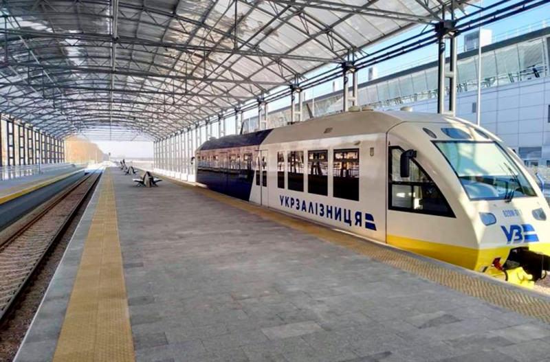 В аэропорту Борисполь будут продавать билеты на поезда