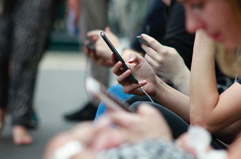 На Кубе запускают 3G интернет