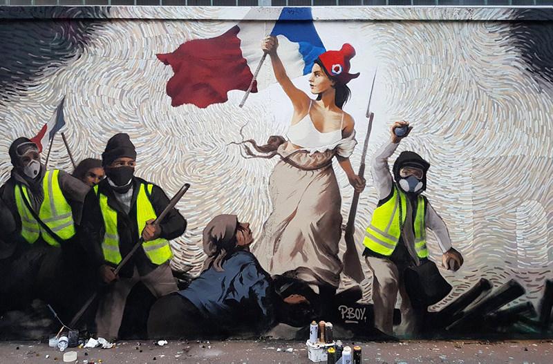 Уличный художник спрятал 1000$ в своём новом граффити