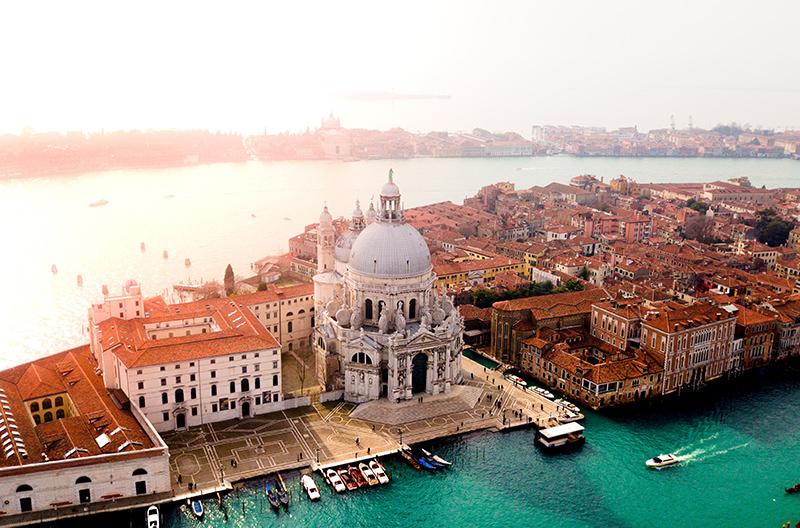 В Венеции ввели новый туристический налог