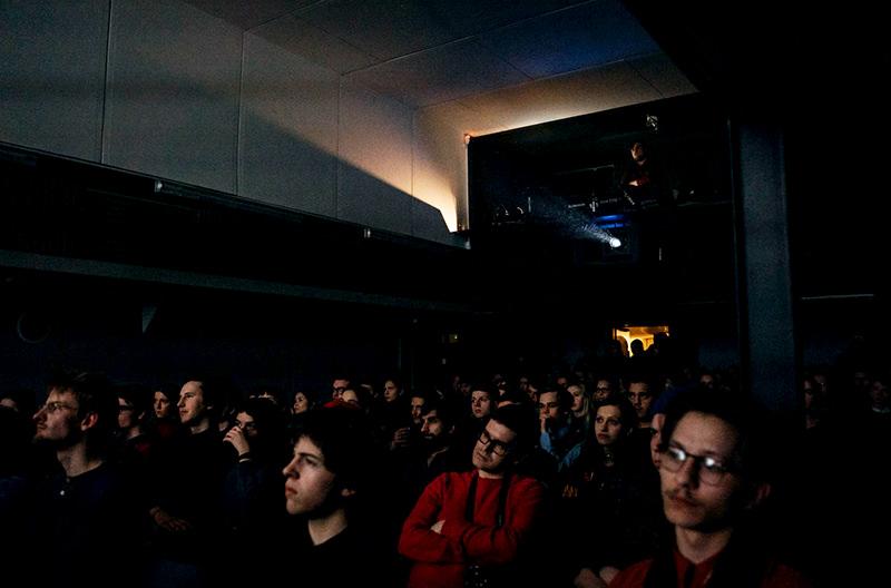 В Праге открыли кинотеатр на борту корабля