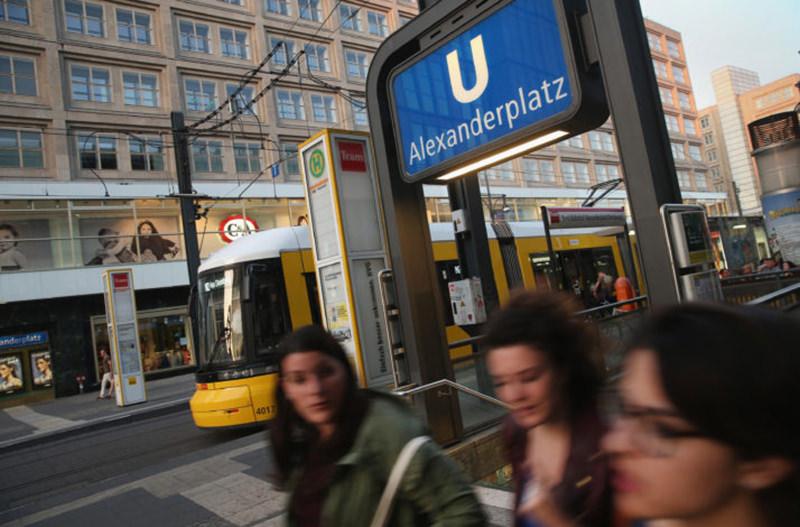 В Берлине женщины смогут пользоваться метро со скидкой