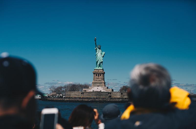 В Нью-Йорке запретят частные туры к острову Свободы
