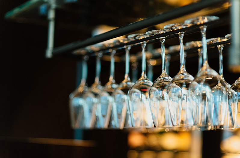 В Киеве под одной крышей откроют 36 баров