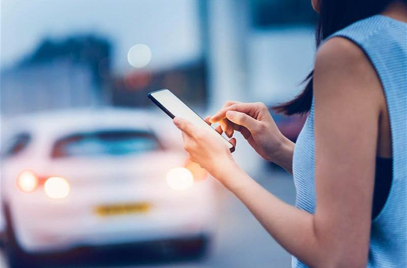 Booking.com добавит в своё приложение заказ такси в странах Азии