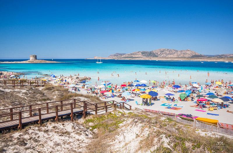Популярный пляж на Сардинии станет платным