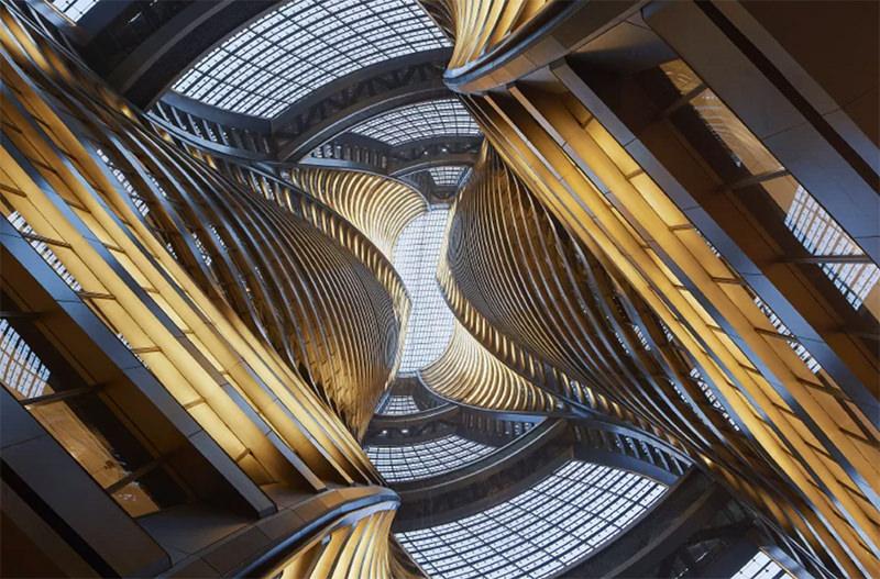 В Пекине открылся небоскрёб, созданный студией Захи Хадид