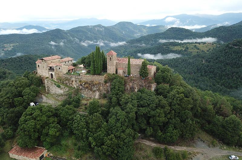 В Испании сдают средневековый замок за 19€ в сутки