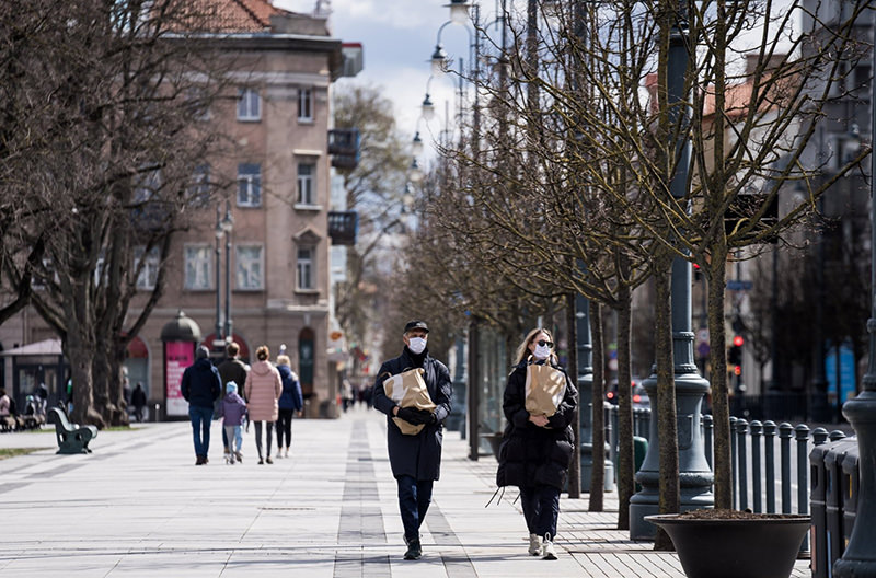 Литва ослабляет карантин