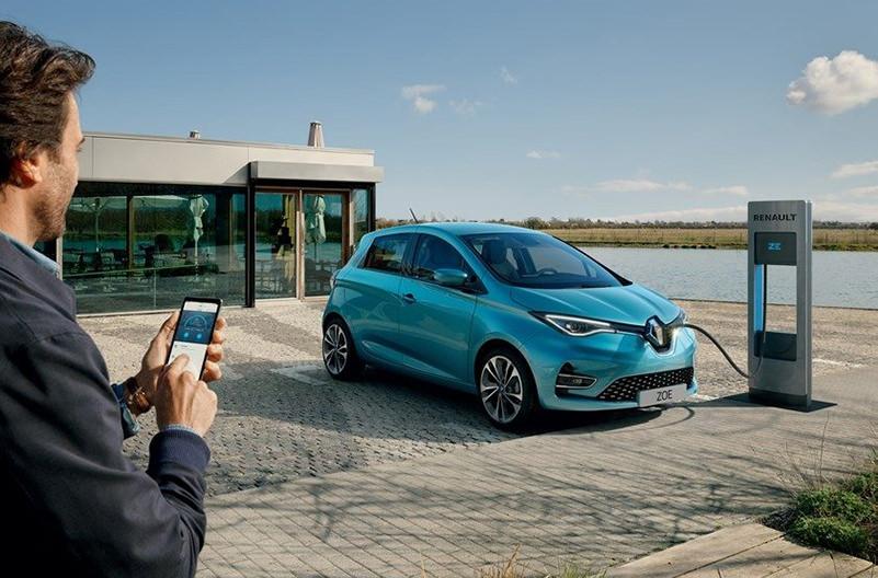 Город во Франции полностью перешёл на электромобили