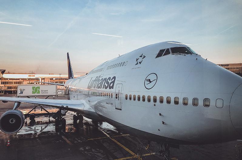 Авиакомпании Lufthansa Group отменили сбор за изменение бронирования