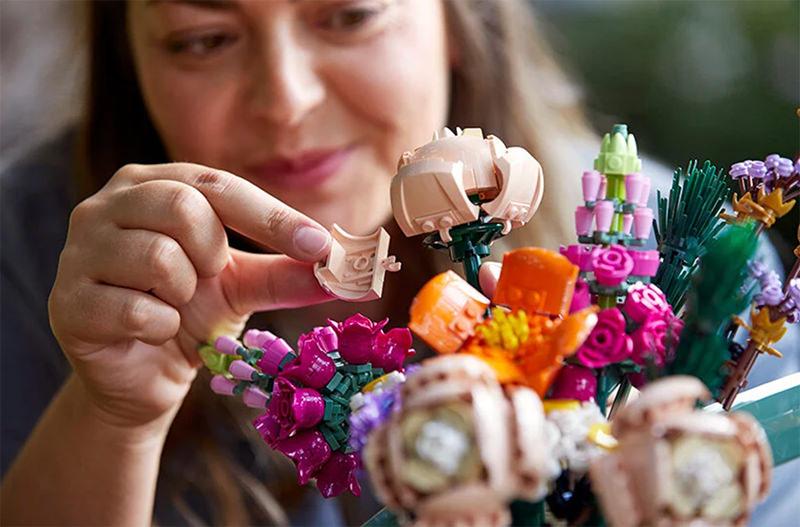 LEGO представил новую ботаническую коллекцию | Living in Travels