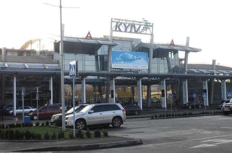 Киевский аэропорт Жуляны закроют на 8 месяцев