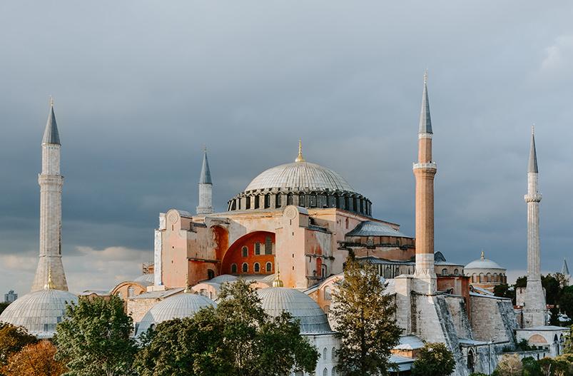 Турция отменит ковид-тесты для путешественников из 16 стран
